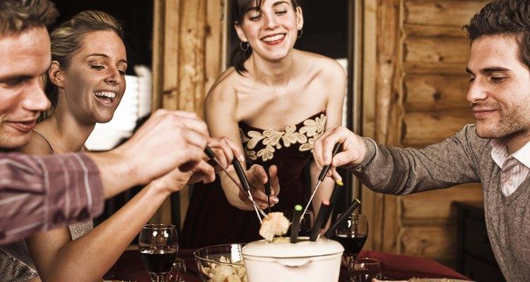 Una fondue es divertida para toda la familia.