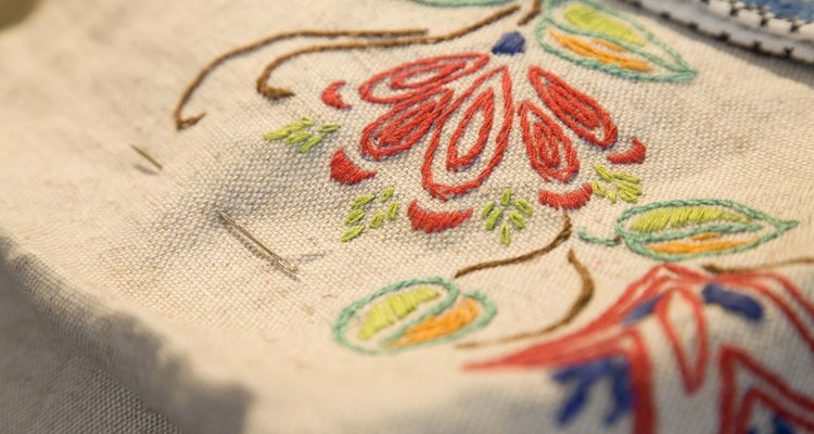Convert JPEG image file into the PES format your embroidery machine can read.