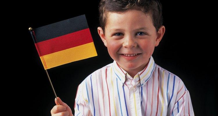 Ensine crianças decendentes de alemães sobre instrumentos tradicionais de sua pátria