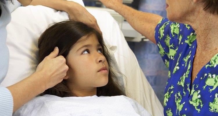 Los signos vitales normales variarán según la edad entre los bebés y los niños.