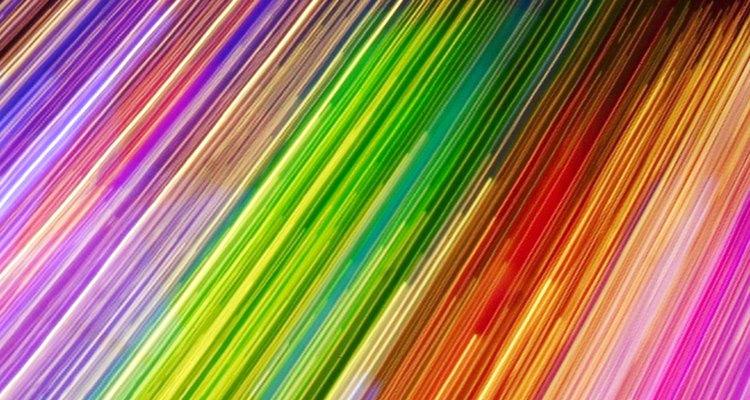 Imprimir cores fluorescentes requer um trabalho personalizado