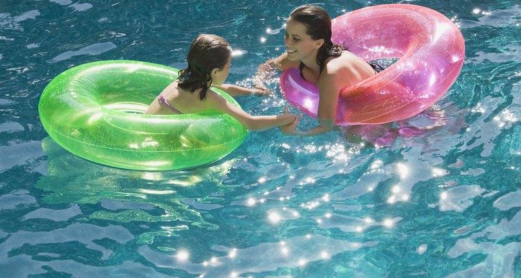 Revisa tu piscina todos los días para asegurar que el equipo funciona de forma correcta.