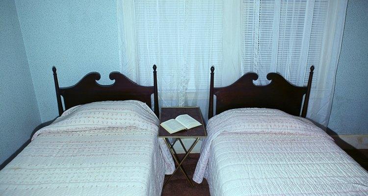 As camas de solteiro são também chamadas de camas twin