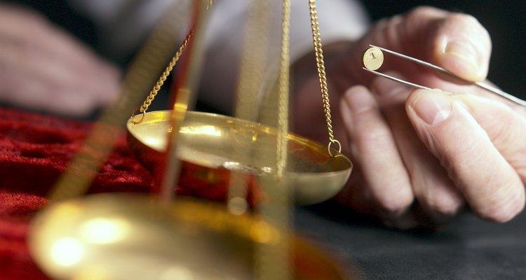 Para fins de medição do valor do peso de ouro, utilize a pureza do teor de metais em decimais
