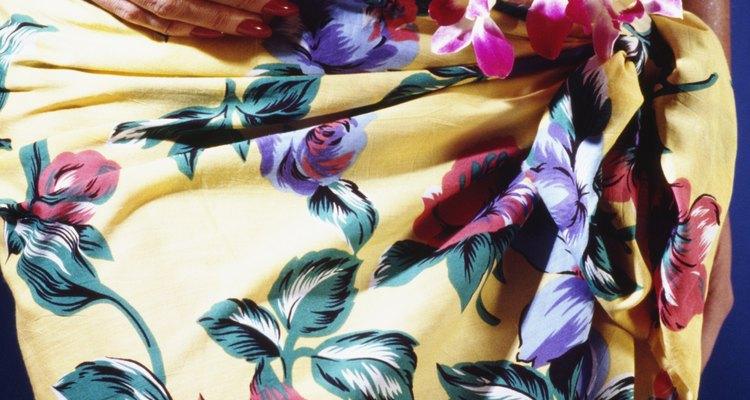 Las faldas mágicas son una gran manera de incorporar telas divertidas en ropa de moda.