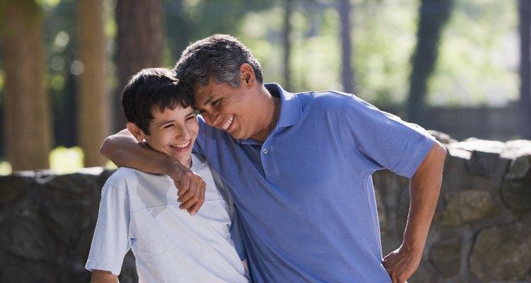 Cuando modelas bondad, tus adolescentes seguro que aprenden la bondad de ti.