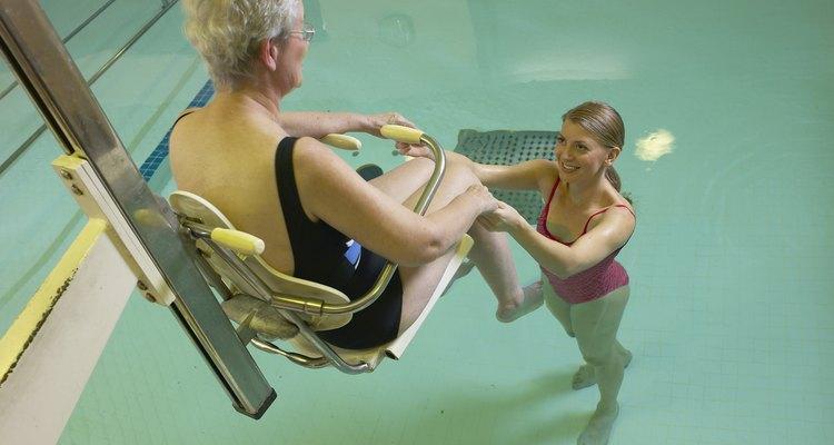 Con la población de edad avanzada que viven más tiempo, hay más oportunidades para los fisioterapeutas.