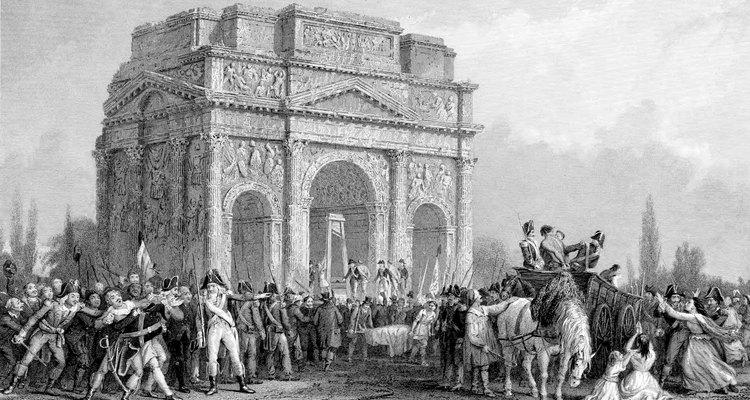 La Revolución Francesa fue uno de los grandes puntos de inflexión de la historia, recordado por sus ideales ilustrados y su violenta agitación.