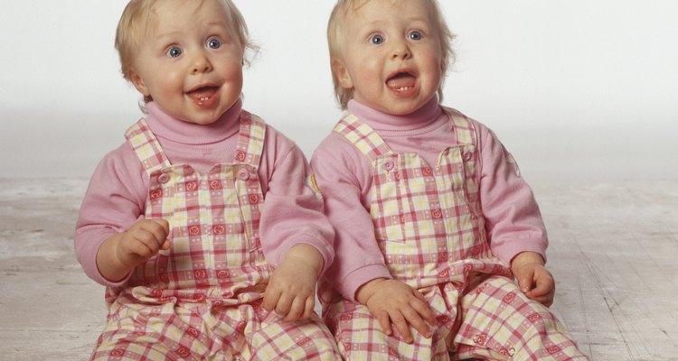 Usa un distintivo en los primeros días de la vida de tus bebés.