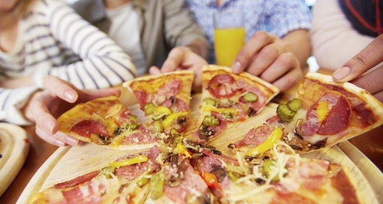 La pizza es una comida popular, pero es un problema para algunos.