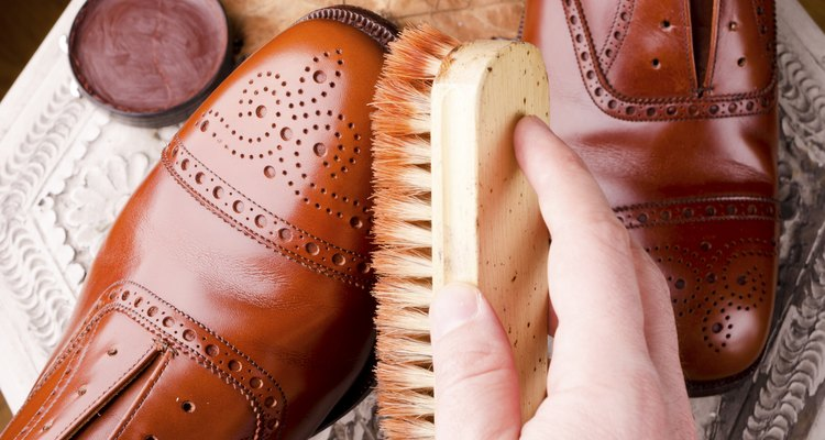 Make sure the shoes are clean and dry before softening.