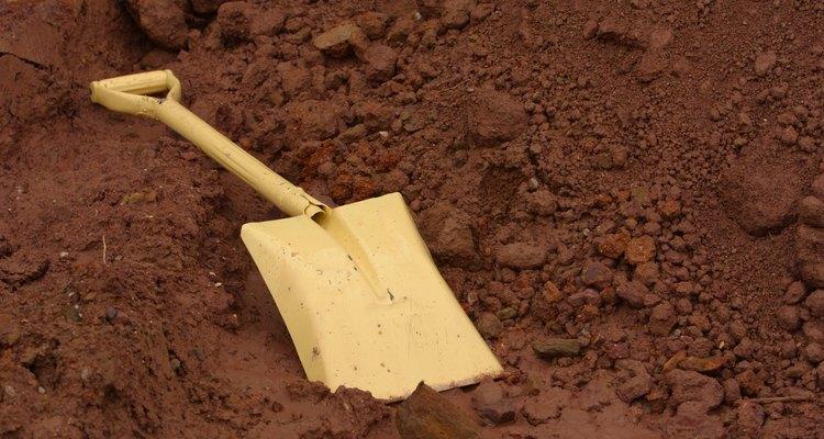 Los suelos con un tinte rojizo son generalmente altos en hierro.