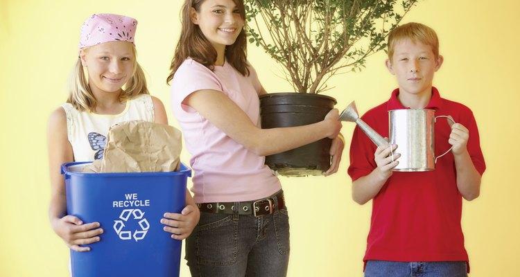 Las ciencias de la tierra enseñan a tus hijos adolescentes la importancia de cuidar el planeta.