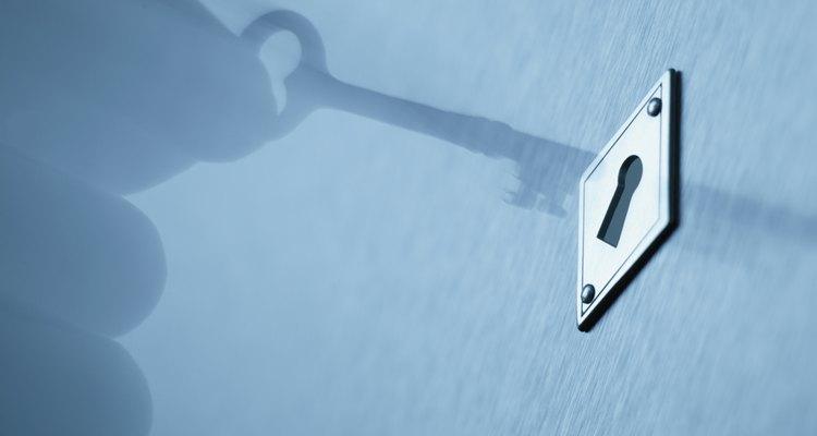 Lograr abrir una puerta puede ser fácil, incluso cuando parece estar bloqueada.