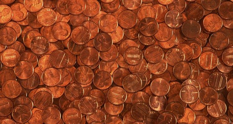 Las monedas pequeñas pueden detener que la lavadora se drene correctamente.
