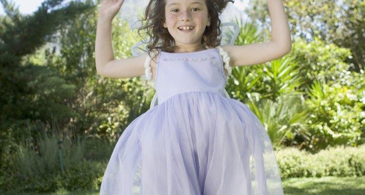 Encuentra un corte de pelo lindo y práctico para tu pequeña princesa.