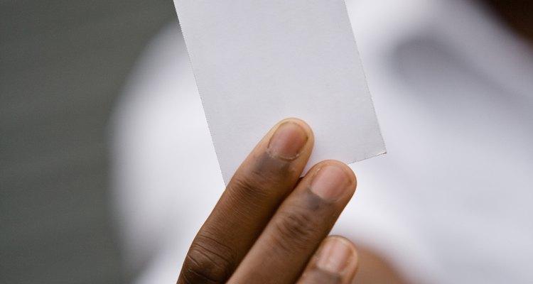 Um cartão de visita sem links para o Twitter ou o Facebook é o mesmo que um cartão em branco