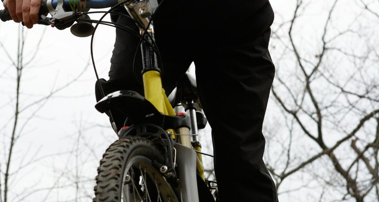 El ciclomontañismo en descenso en New England puede resultar excitante y divertido.