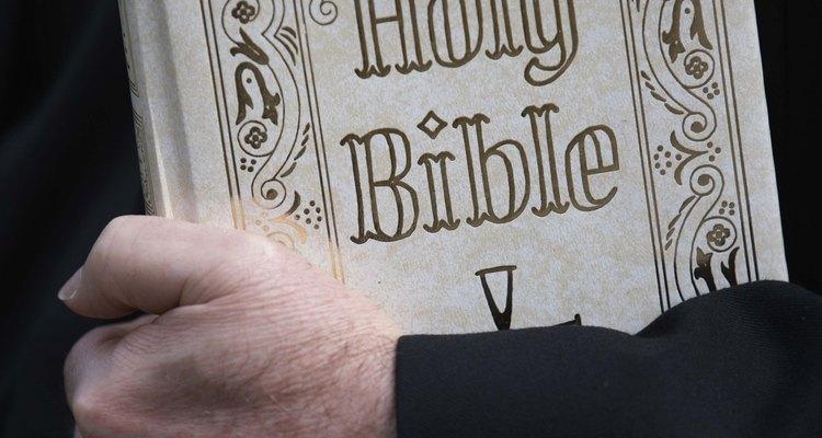 Encontre parábolas na Bíblia