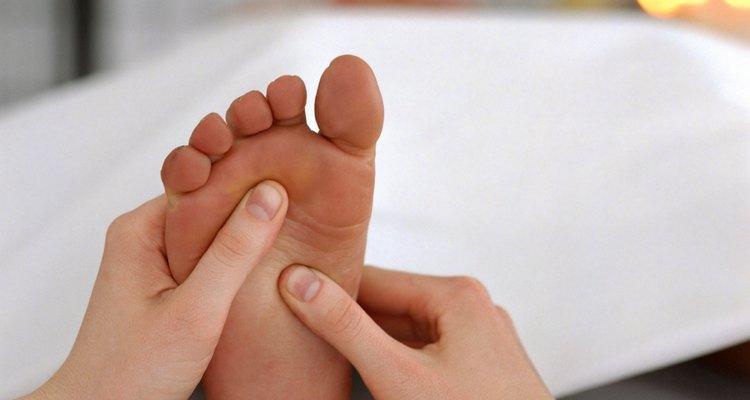 Realizando masajes constantemente ayudarás a la buena circulación y a evitar calambres en tus extremidades.