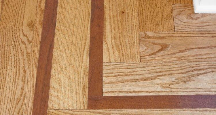 Uma placa de madeira bonita é um tesouro