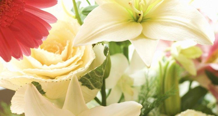 Las flores son un regalo clásico pero reflexivo.