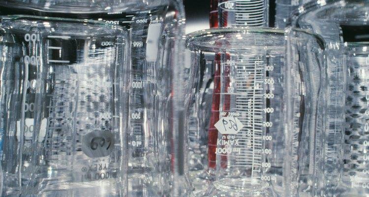 Separe o etanol da água utilizando destilação fracionada