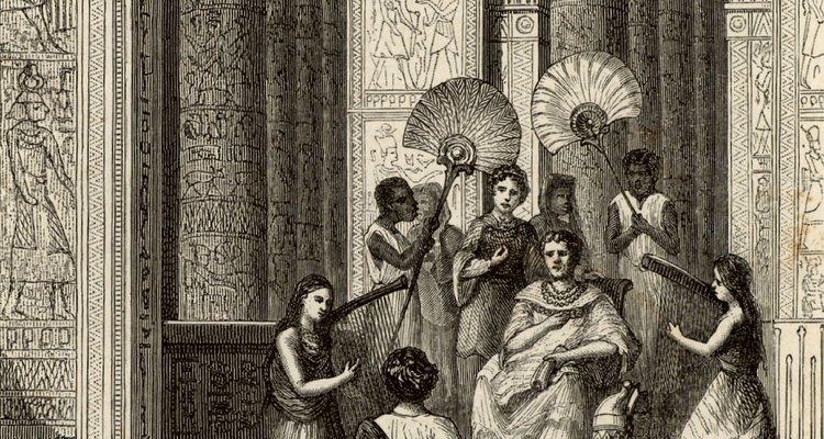 Euclides es conocido como el padre de la geometría.