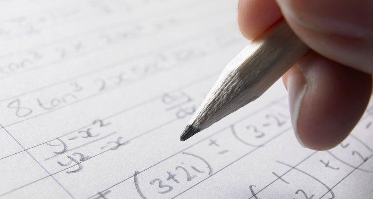 Las relaciones directas e inversa se pueden encontrar en el álgebra simple, al igual que en ecuaciones más complejas.