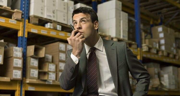 Este gerente es responsable total del inventario, tanto del existente como de las partes que se regresen por defectos.