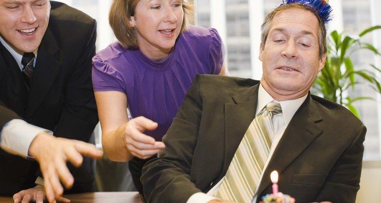 Organizar um horário no trabalho é uma forma de comemorar um aniversário de 38 anos