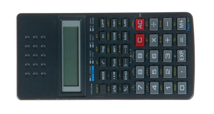 O diâmetro pode ser calculado a partir da circunferência com uma calculadora científica ou comum