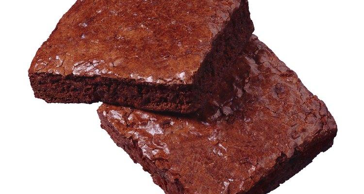Haz brownies usando un sustituto del azúcar.