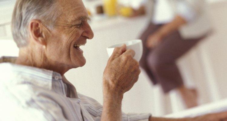 Os chás podem ajudar na vitalidade de jovens e idosos