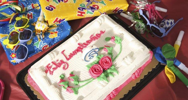 Qué poner en las bolsas de regalos para los niños que asisten a un cumpleaños.