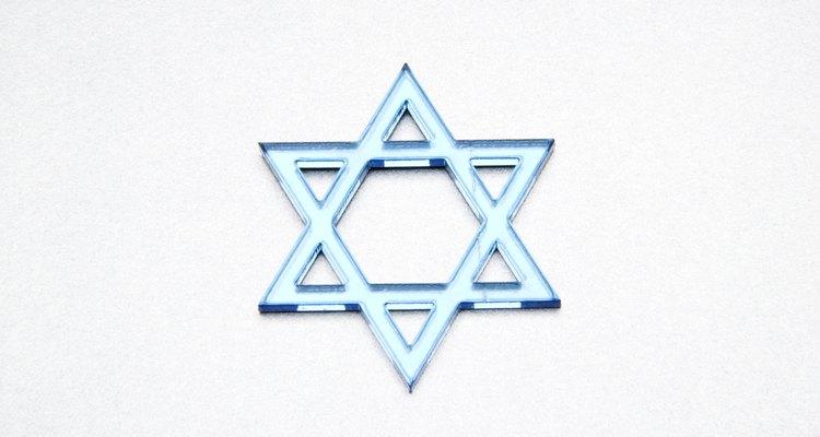 La Estrella de David aparece en la bandera nacional de Israel.