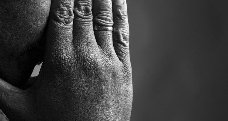 Lla mayoría de las personas experimentan varias etapas durante el proceso de duelo.