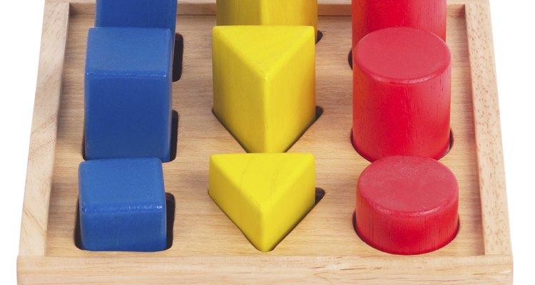 Las formas son uno de los primeros conceptos a enseñarles a los preescolares.