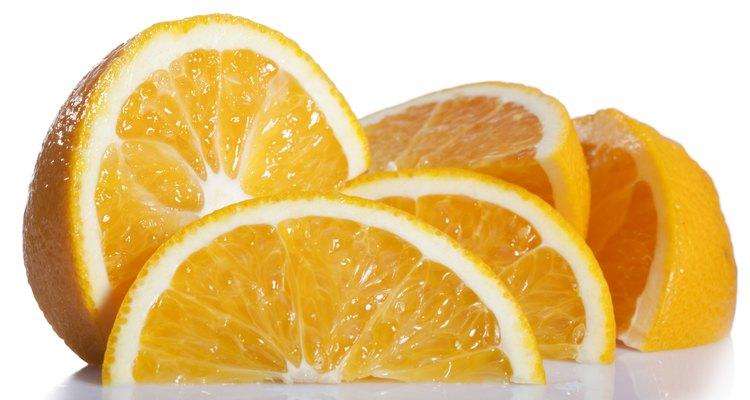 Las clementinas y mandarinas son de la misma familia.