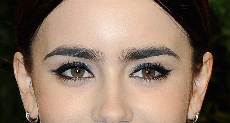 As sobrancelhas mais espessas farão sucesso nesta primavera
