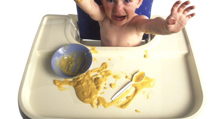 Desecha el cereal no comido.