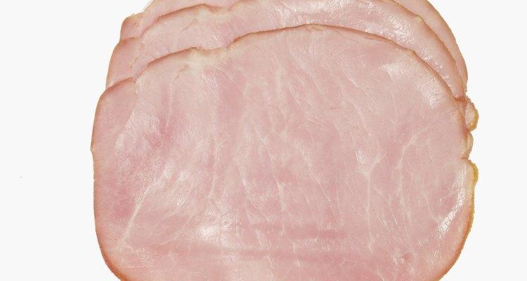 El jamón debería tener un color rosa o rosado.