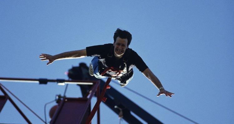 Desde 1987, mais de dois milhões de pessoas saltaram de bungee jump