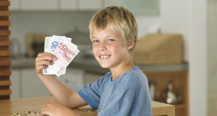 Crianças também podem ganhar seu próprio dinheiro
