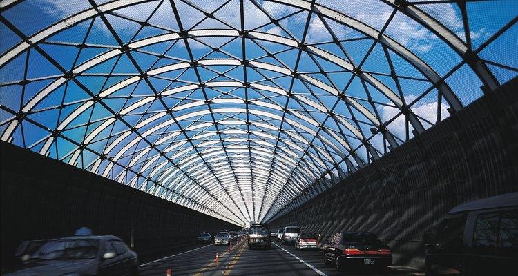 Estrutura esboça a forma, e a forma determina a estrutura