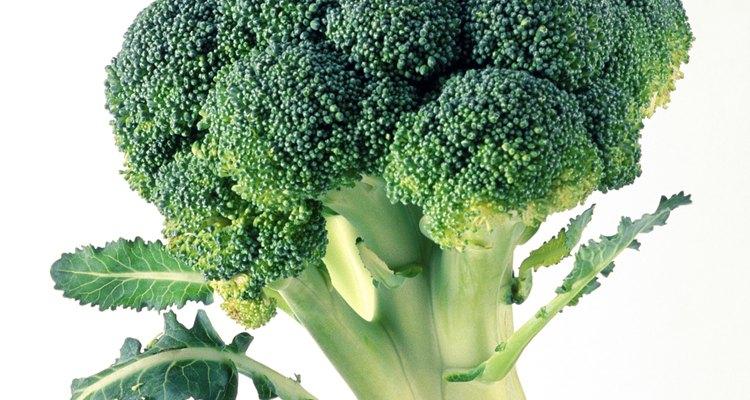 Vinagre e limão higienizam o brócoli, eliminando bactérias