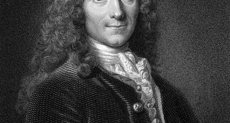 Voltaire nació en París, Francia.