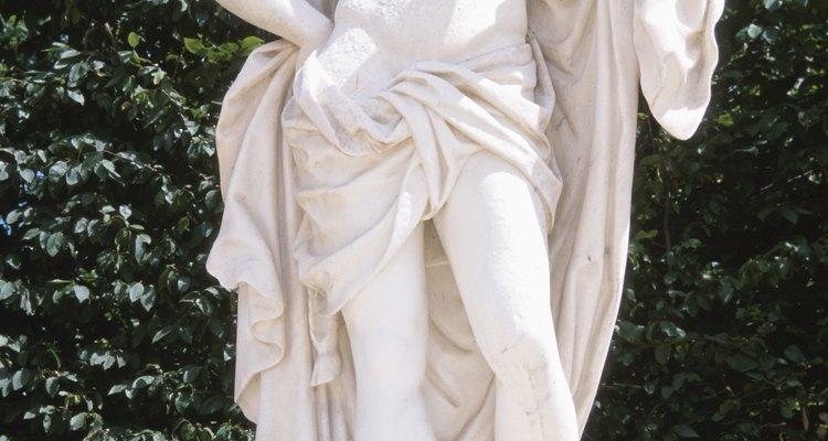 Uma estátua do jardim de Dionísio, ou Baco, deus dos vinhedos e do vinho