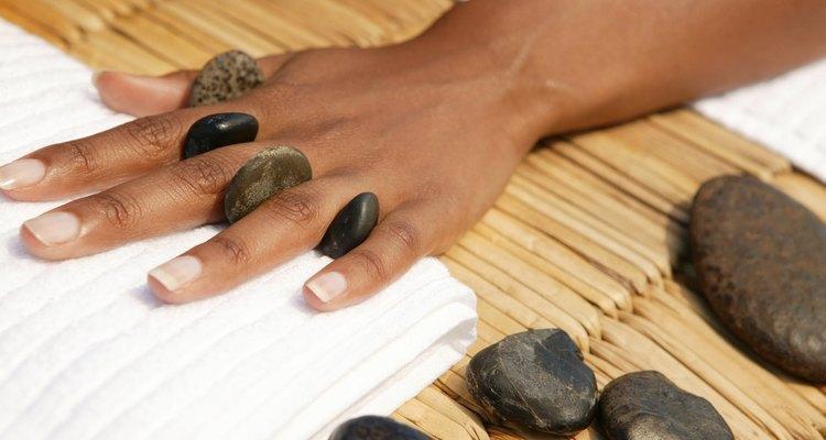A pele das mãos e dos pés sofre mais com as agressões externas