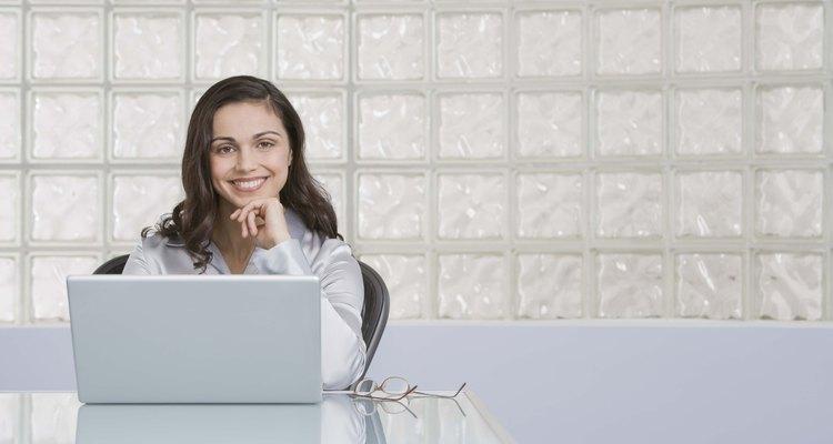 Apesar de caro, um laptop é um presente prático para um calouro da faculdade